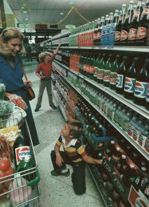 vintage grocery stores usa old pictures 18 5b3225ac8a2cd  7001531330688.jpg